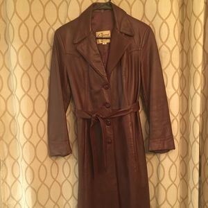 Vintage Remy maroon leather trench coat. Size 10